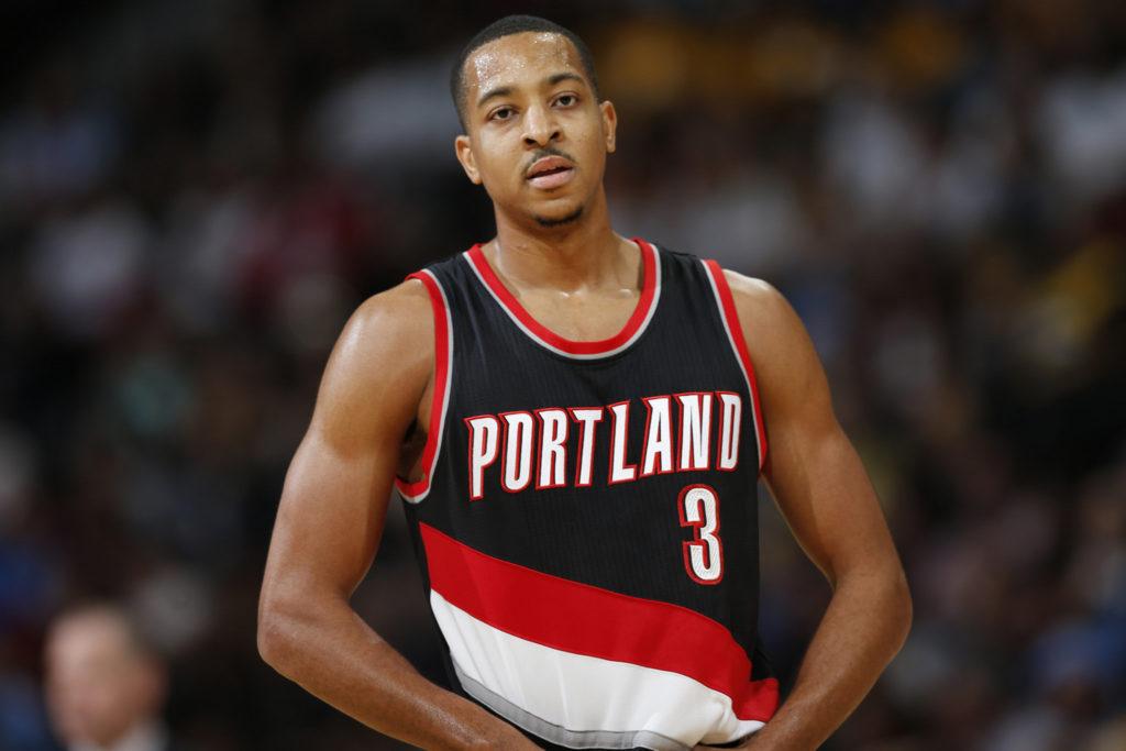 CJ McCollum stars for Portland